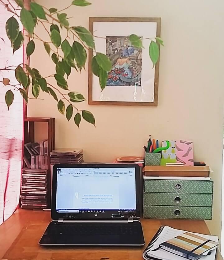Freelance Copywriter Megan Rose
