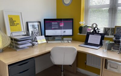 THE WRITING DESK | SARAH TOWNSEND | MARKETING COPYWRITER