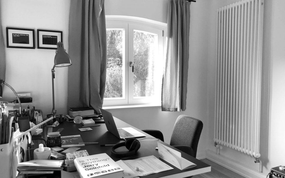 THE WRITING DESK | MARTIN GILLAN | COPYWRITER